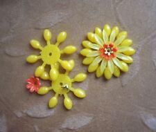 10 Vintage Lucite/plastic,enamel metal flower bead