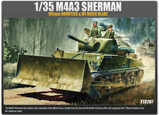 Academy Vehicle 1/35 Scale Plastic Model Kit M4A3 Sherman 105mm Howitzer #13207