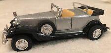 1932 Cadillac V-16 Yatming Diecast, 1/43- Silver