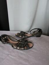 chaussures nus pied couleur pourpre gris métallisé 36