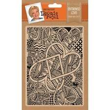Entwined Love - Crafter's Companion Leonie Pujol 5 * 7 Embossing Folder