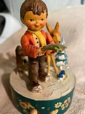 Arni hand carved music box