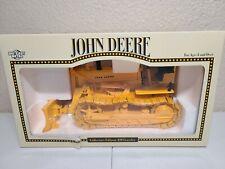 John Deere 420 Crawler - Collectors Edition - ERTL 1:16 Scale Model #5067DA New!