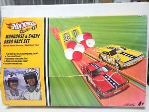 Vintage Hot Wheels Classic Mongoose and Snake Drag Race Set. PLZ READ FULL DESC.