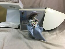 Lladro 5862 Fragrant Bouquet figurine mint in box