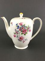 Johann Seltmann Vohenstrauss porcelain coffee pot, Bavaria Germany 1680 / 3 1/2