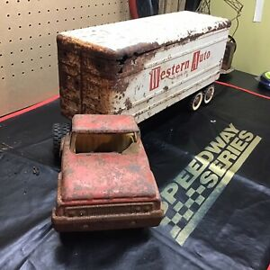 Structo Rusty Truck and Trailer for restoration