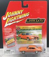 Johnny Lightning 2004 Classic Gold Collection 1971 Pontiac GTO 1:64