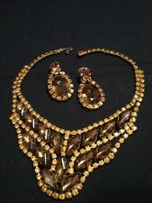 VINTAGE 1950'S FABULOUS SOLID JEWELED NECKLACE COLLAR AND EARRING SET!
