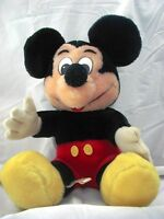 Disney Collection......6 nice pieces...Mickey, Minnie and More.. A Good start...
