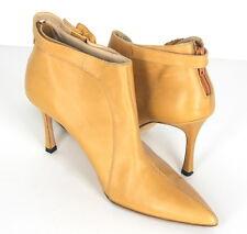 *Manolo Blahnik* Beige Ankle Boots Heels Shoes Leather Womens Fashion (6)