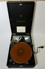 Antique Victor Victrola VV-35 Portable Phonograph Record Player - Working! 1924