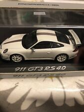 Porsche 911 GT3 RS 4.0 White / Grey Minichamps 1/43 Dealer Edition