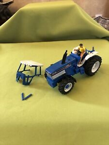 BRITAINS FARM FORD TW35 TRACTOR Vintage Model 1/32