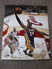 KOBE BRYANT PHOTOGRAPH NBA OFFICIAL PRODUCT 8 X 10 WITH TOP LOAD  PROTECTOR