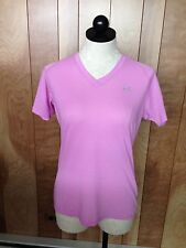WOMEN'S UNDER ARMOUR SHORT SLEEVE TOP-SIZE: MEDIUM