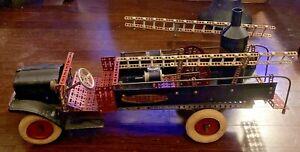 1920's / 1930's A.C. GILBERT LADDER / PUMPER FIRE TRUCK BUILT ERECTOR SET WHITE