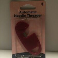 Hemline Automatic Needle Threader Includes 5 Gold Eye Needles