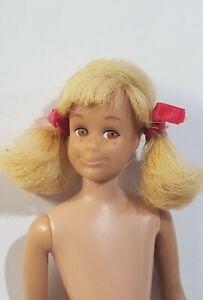 Vintage Barbie SKOOTER Doll #1120 Bend Leg Platinum Blonde Hair