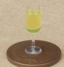 Échelle 1:12 Plastique Verre de vin rouge tumdee Maison de Poupées Miniature Bar Boisson L8