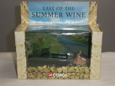 Corgi CC07403 Last of The Summer Wine Landrover & Compo Figure 1 43