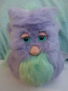 Furby funky purple EmotoTronic Working 2005 2006