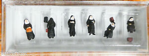 Preiser N #79128 People Working -- Nuns w/Luggage (1:160th Scale) Hand Painted