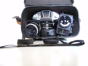 appareil photo Pentacon EXA IHAGEE avec 2 objectifs, filtre UV, posemètre...