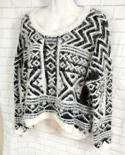 Fuzzy Sweater Women Size L Black White Cecioco Crop Top Soft Geometric Print