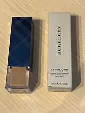 Burberry Fresh Glow Foundation - No. 42 Camel SPF15PA+++ - 30ML