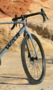 W.A.R Evader GSR Avalanche Gray and Black Gravel Bike New With Carbon Forks