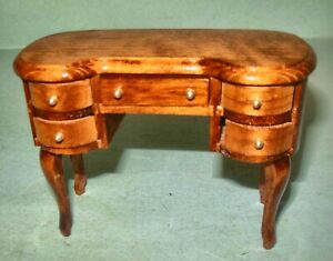 WALNUT DESK #6231  DOLLHOUSE FURNITURE MINIATURES