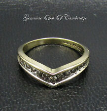 9ct Gold 0.25ct Diamond V Shaped Chevron Ring Size L 2.3g
