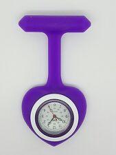 Enfermera Fob Watch corazón púrpura de resina F75