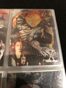 Topps The X Files Chase Card