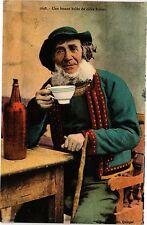 CPA  Une bonne bolée de cidre breton   (206223)