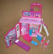 Barbie Dollhouse Glam Vacation Beach House Fold 'n Go Great Shape 2009