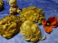 lot 3perruques tailles différentes pour vos poupées et gros poupons