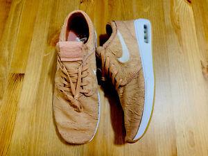 Nike SB Stefan Janoski 2 athletic shoes rose gold gum AQ7477-600 NWOB size 10.5