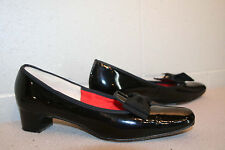 10 AAA RISQUE Vtg 1960s MOD CHUNKY KITTEN HEEL Shoe BLACK PATENT SLIPon BOW TOE