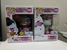 Funko POP! TV TEEN TITANS Go! BEAR FLOCKED #608 CYBORG #609 GITD TRU EXCLUSIVE