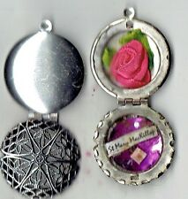 """Australian St Mary O T C MacKillop First & Only""""Aussie""""Saint Relic Locket + 6 RC"""