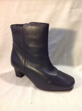 The Shoe Tailor Dark Grey Ankle Leather Boots Size 4