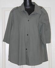 Womens size 2X (18-20) green button down shirt by TABLE EIGHT Robert D'Angelo