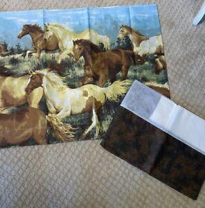 Set Twin Bedskirt 1 Standard Sham Horse Western Leather Looking Print