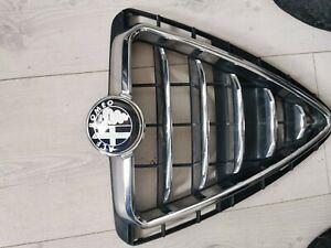 Alfa Romeo Giulietta brushed chrome effect front bumper grille & badge Genuine