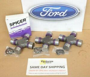 Ford F250 F350 Superduty 99-2010 Rear Driveshaft U Joint Kit