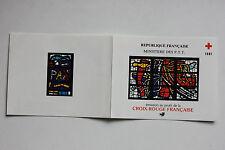 CARNET DE 8 TIMBRES - EMISSION AU PROFIT DE LA CROIX-ROUGE FRANCAISE - 1981