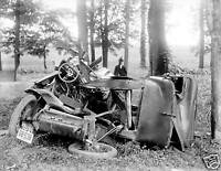 Photograph Vintage Car Automobile Wreck Year 1917   8x10