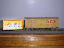 """Accurail #3402 A.C.& Y. """"Yellow"""" 40' Ps-1 Steel Box Car #3299 Weathered"""